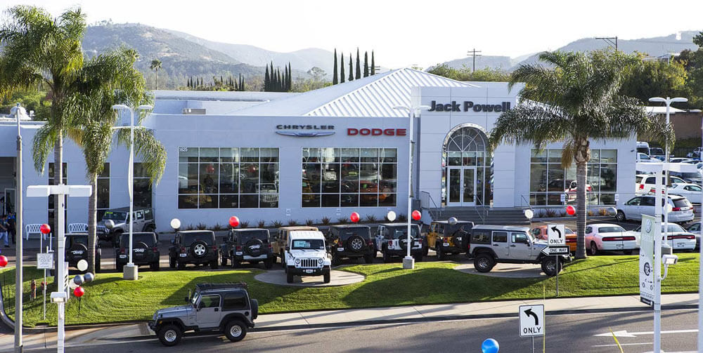 Jeep Dealership San Diego >> Chrysler Dodge Jeep Ram Car Dealer In Escondido San