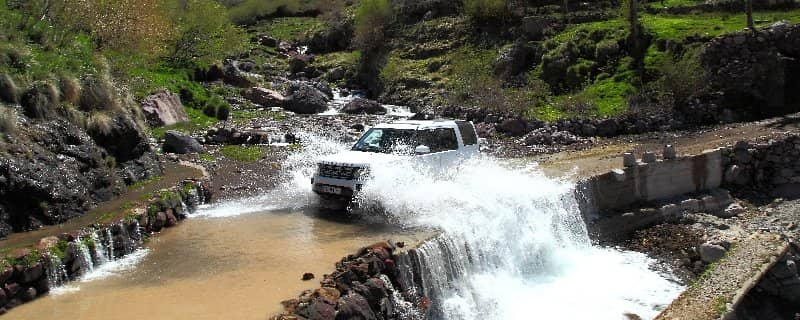 Land Rover Adventure Travel