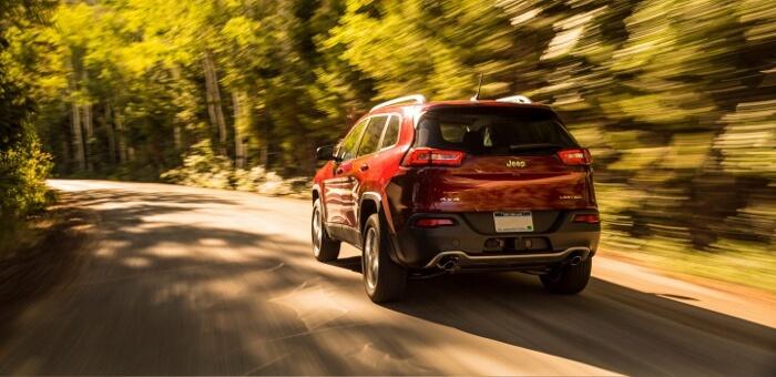 2017-Jeep-Cherokee-700x340