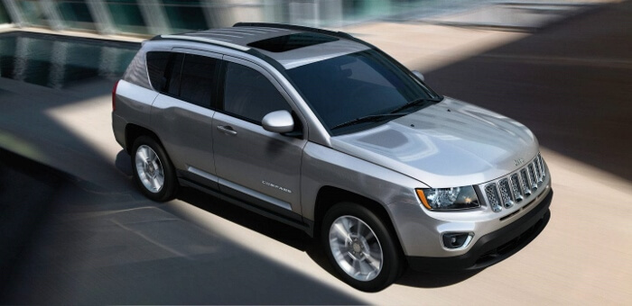 2017-Jeep-Compass-High-Altitude-Silver-700x340