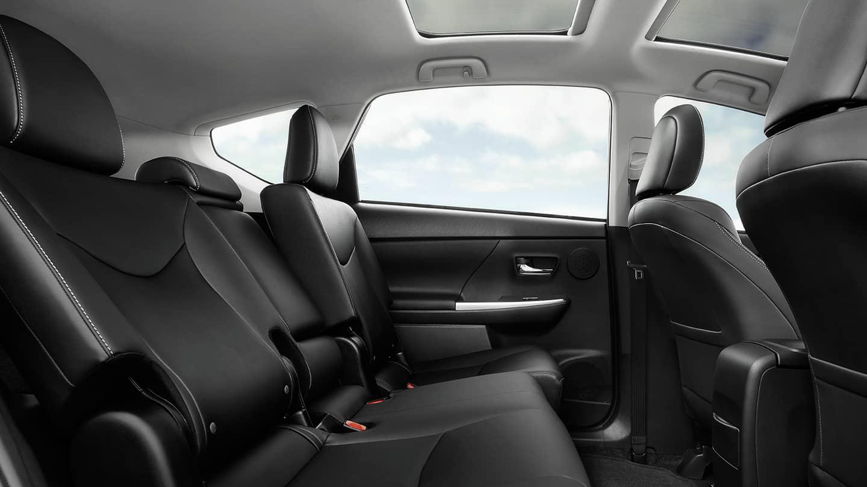 PriusV-Interior