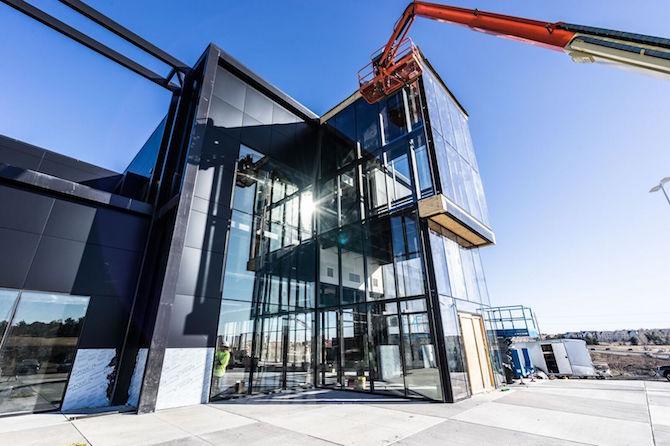 facility-crane
