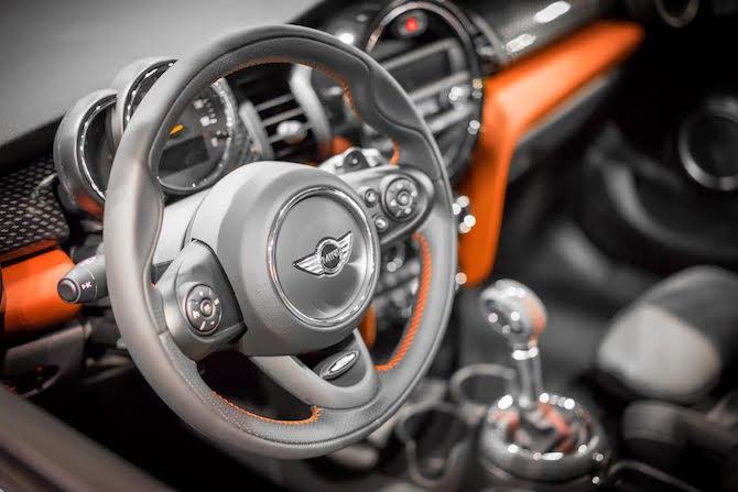 mini-interior-carshow