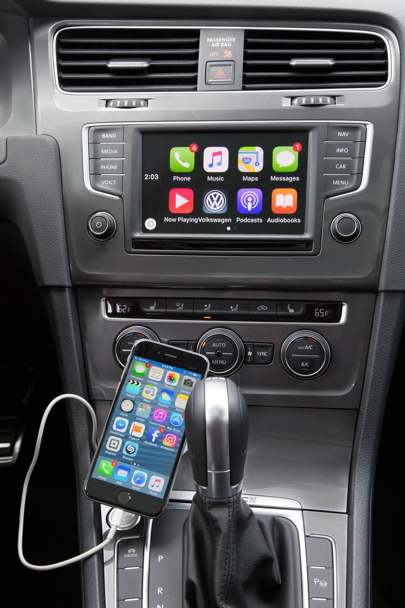 2017 VW Golf Alltrack GPS