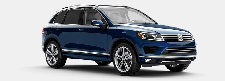VW Touareg vs Porsche Cayenne: How Do They Compare